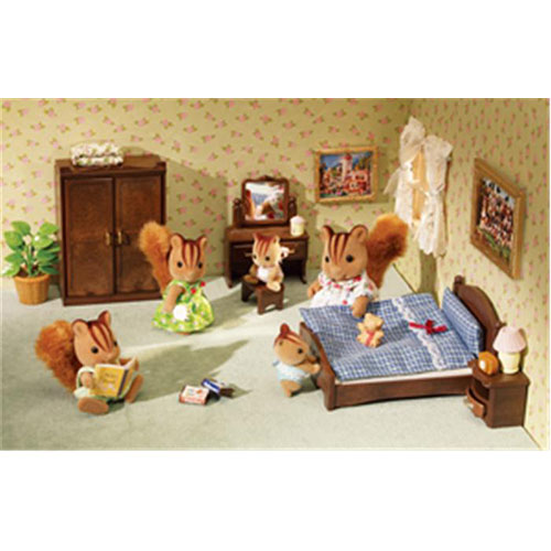 Calico Critters Bedroom: International Playthings CC2569 Master Bedroom Set (Calico