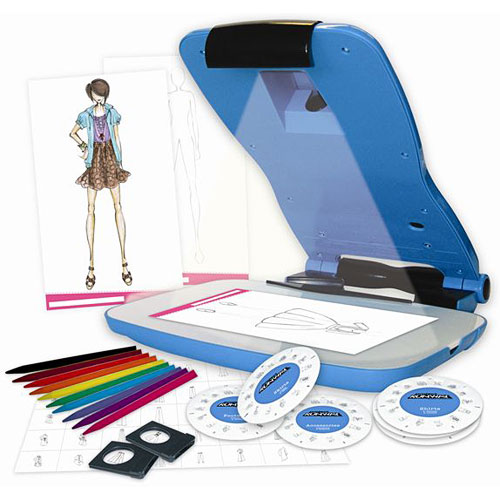 Project Runway Fashion Design Projector Kit Young Minds Toys
