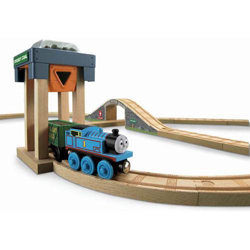 fisher price thomas the train wooden railway coal hopper figure 8 set amazing toys. Black Bedroom Furniture Sets. Home Design Ideas