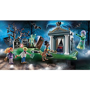 Scooby-Doo! Adventure In The Cemetery
