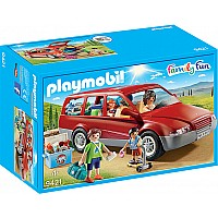 PLAYMOBIL CITY LIFE FAMILY CAR