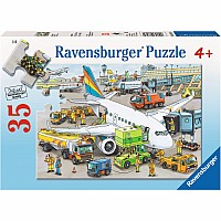 0035 Piece Puzzle Busy Airport