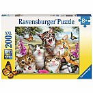 200 Piece Puzzle, Friendly Felines