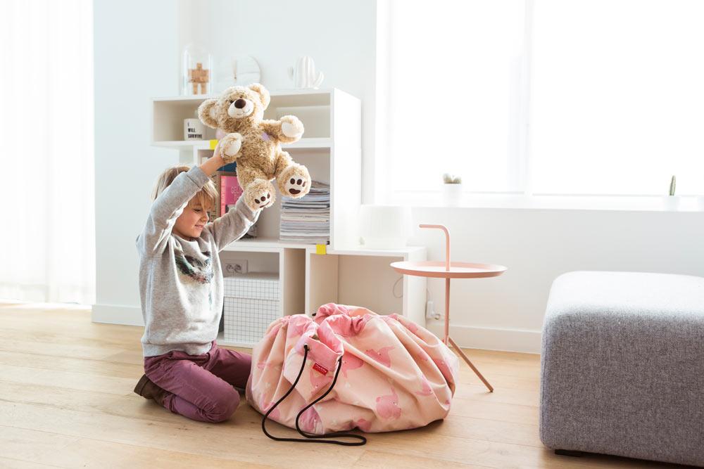 play go pink elephant bag hotaling imports. Black Bedroom Furniture Sets. Home Design Ideas