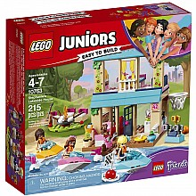 LEGO® Juniors Friends - Stephanie's Lakeside House