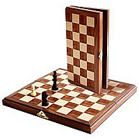 We Games Travel Wood Magnetic Chess Set 11